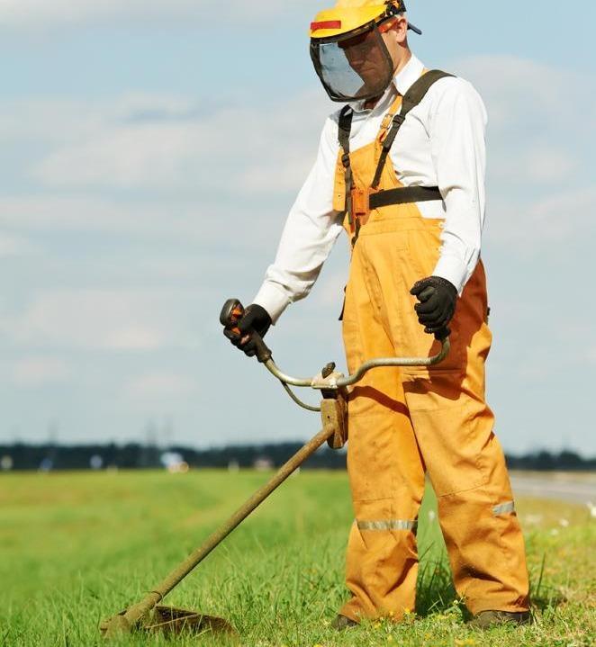 D broussaillage quimper ergu gaberic pluguffan les for Forfait tonte pelouse